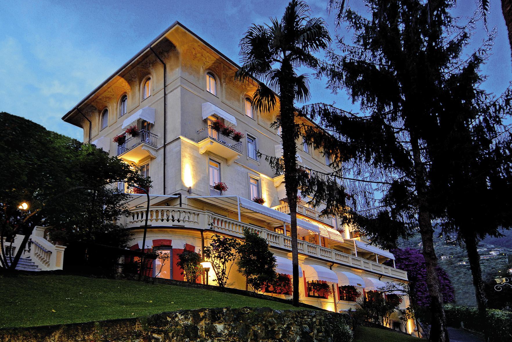 Esterna Hotel Canali Rapallo