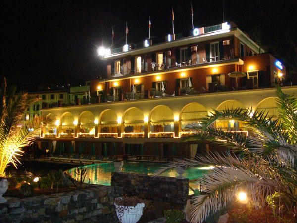 Notturna esterna Hotel Helios Santa Margherita